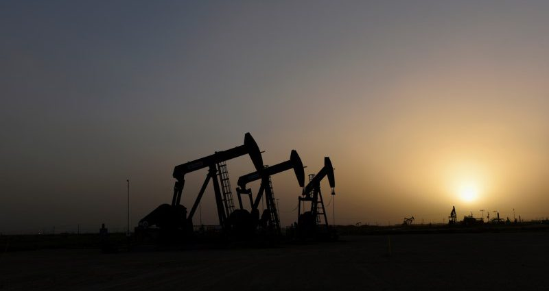 Oil majors slash 2020 spending by 20% after prices slump